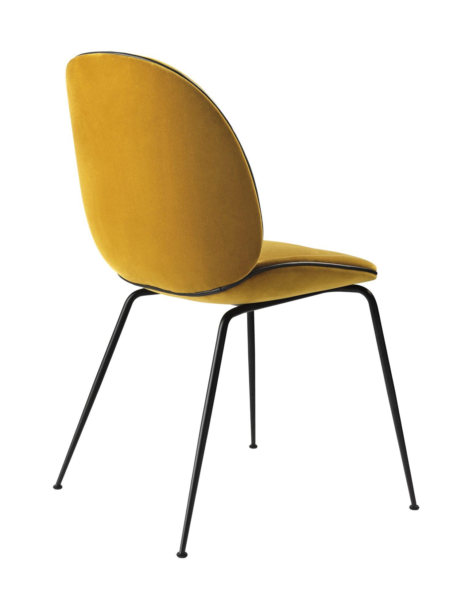 Polstret stol, Beetle, design Gubi, kr 7455, Eske.