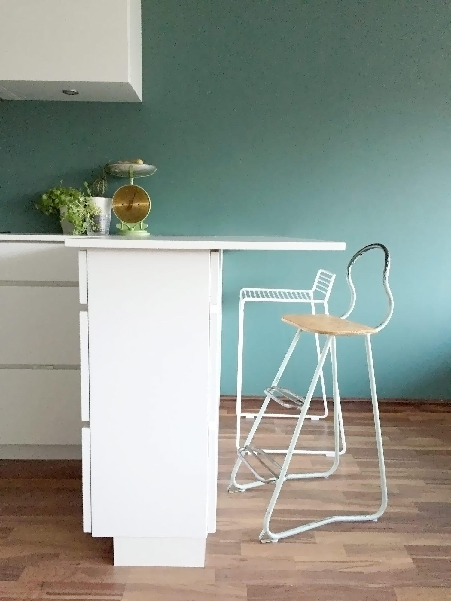 Kjøkkenet derimot har en nydelig nyanse i grønt. FOTO: Anne Djupvik Andersen