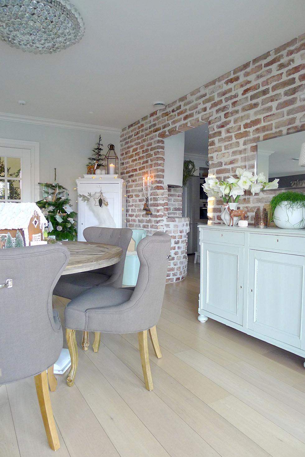 julepyntet stue hos Villa von Krogh