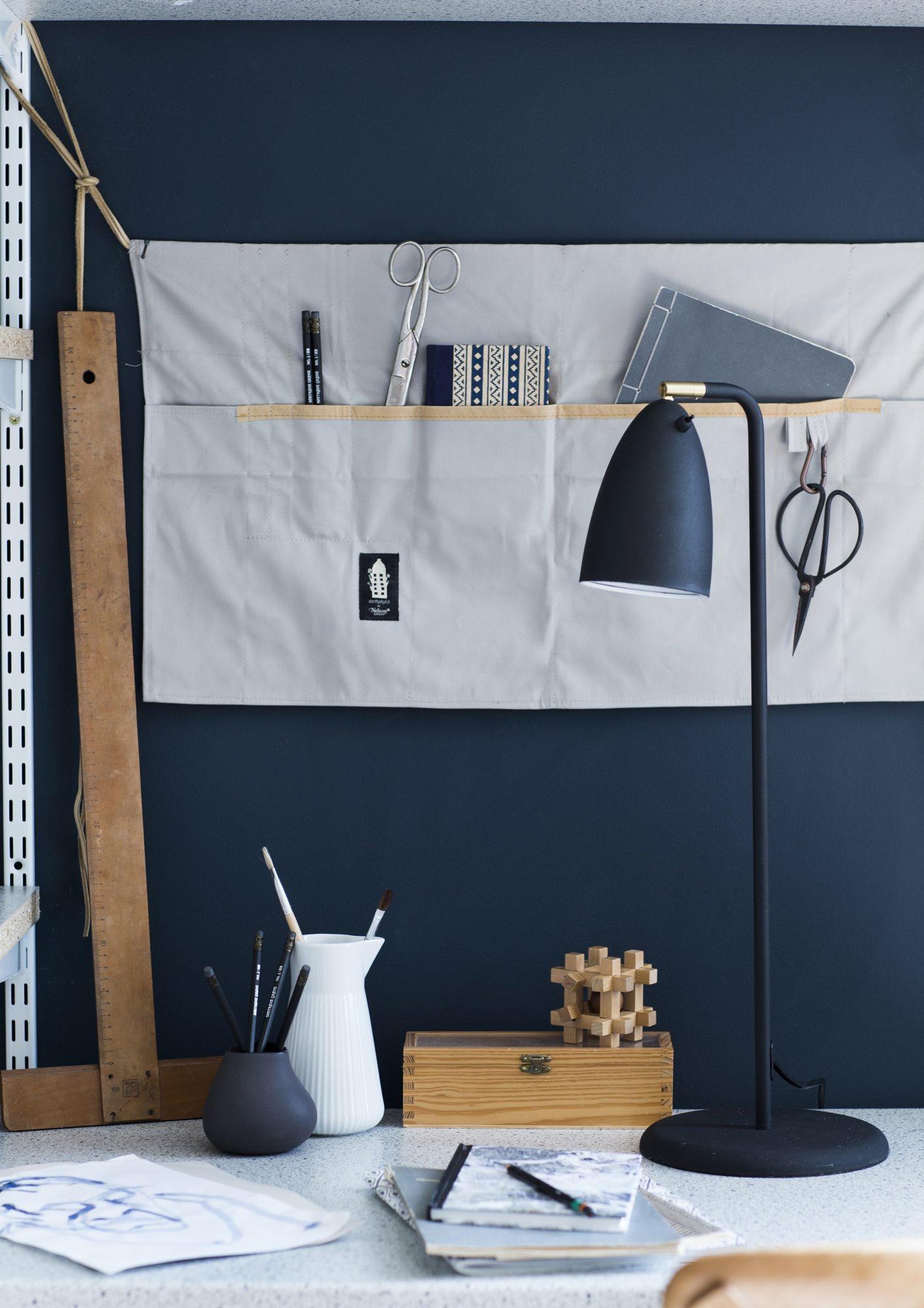 Design ditt eget kule skrivebord med hyller – rom123