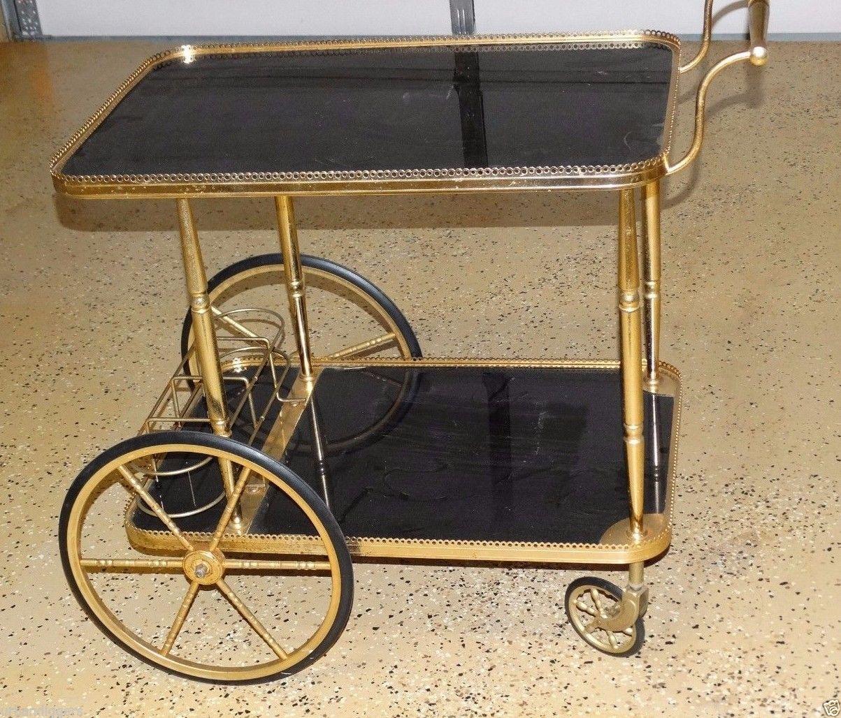 Med hjul og det hele. Denne er av den ekslusive typen og koster 760 dollar på ebay, omkring 6600 kroner.
