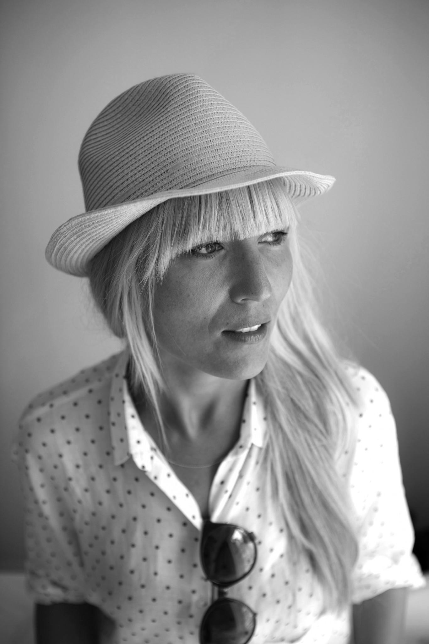 Hilde Mork - designer, fotograf og stylist. FOTO: Privat