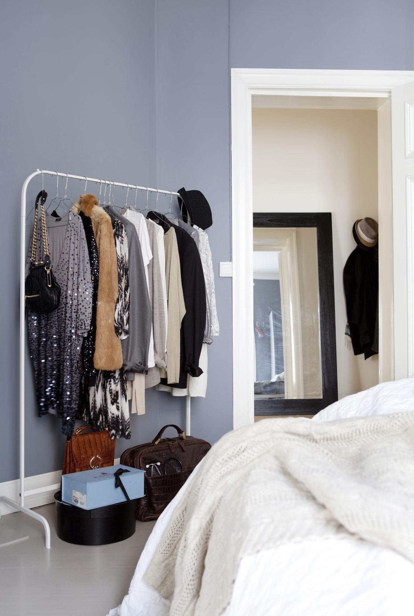 0b1ae301 Kunsten å organisere en åpen garderobe – Rom123