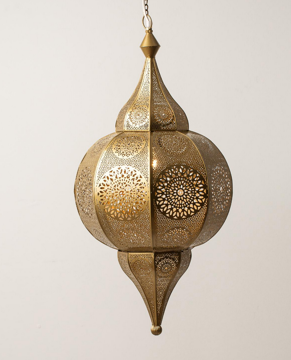 Stor taklampe i messing l 68 b 33 Indiska kr 1199